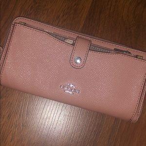 Nwt Coach wallet